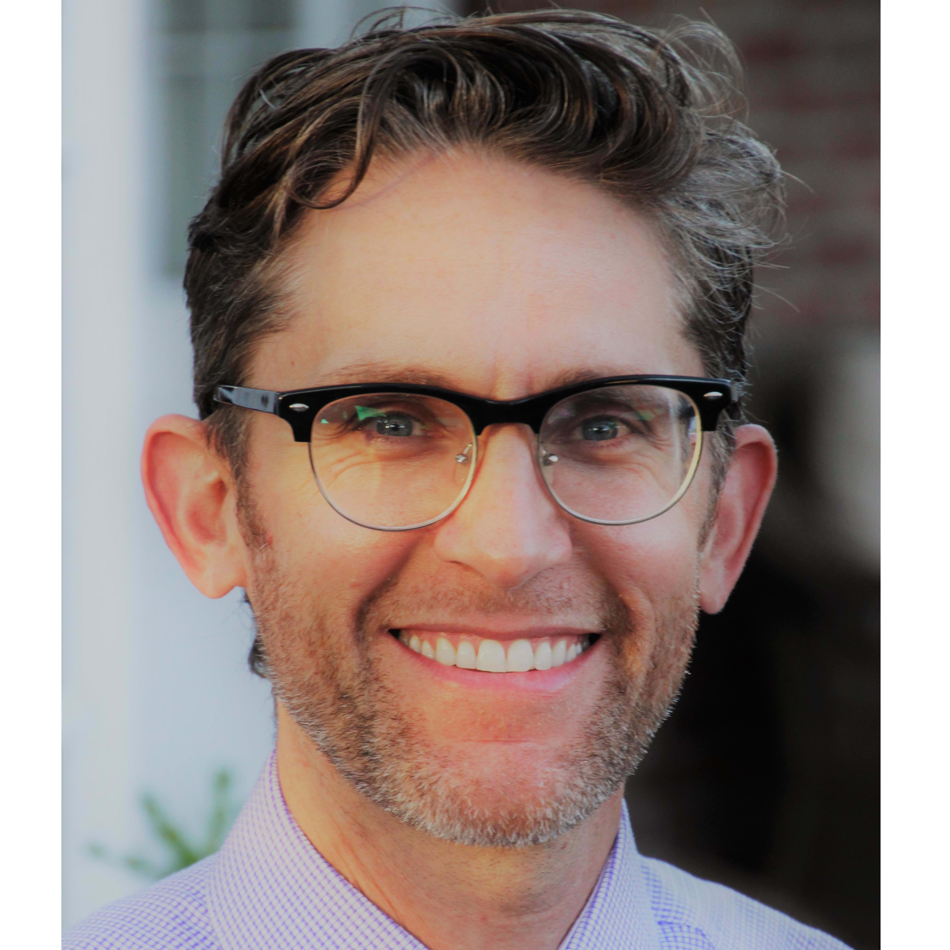 Dr. Ryan M Thibodaux