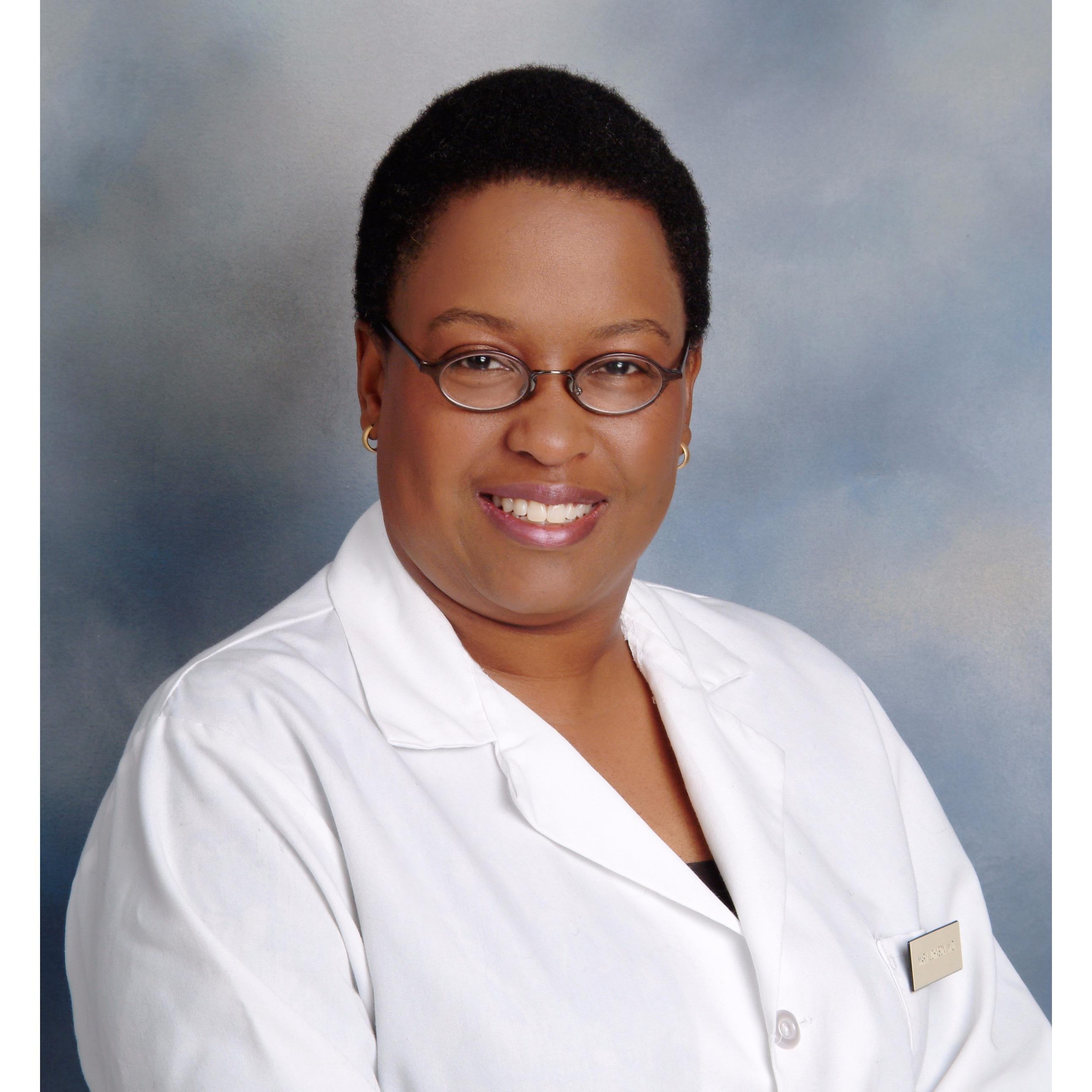 Dr. Mary M Johnson MD