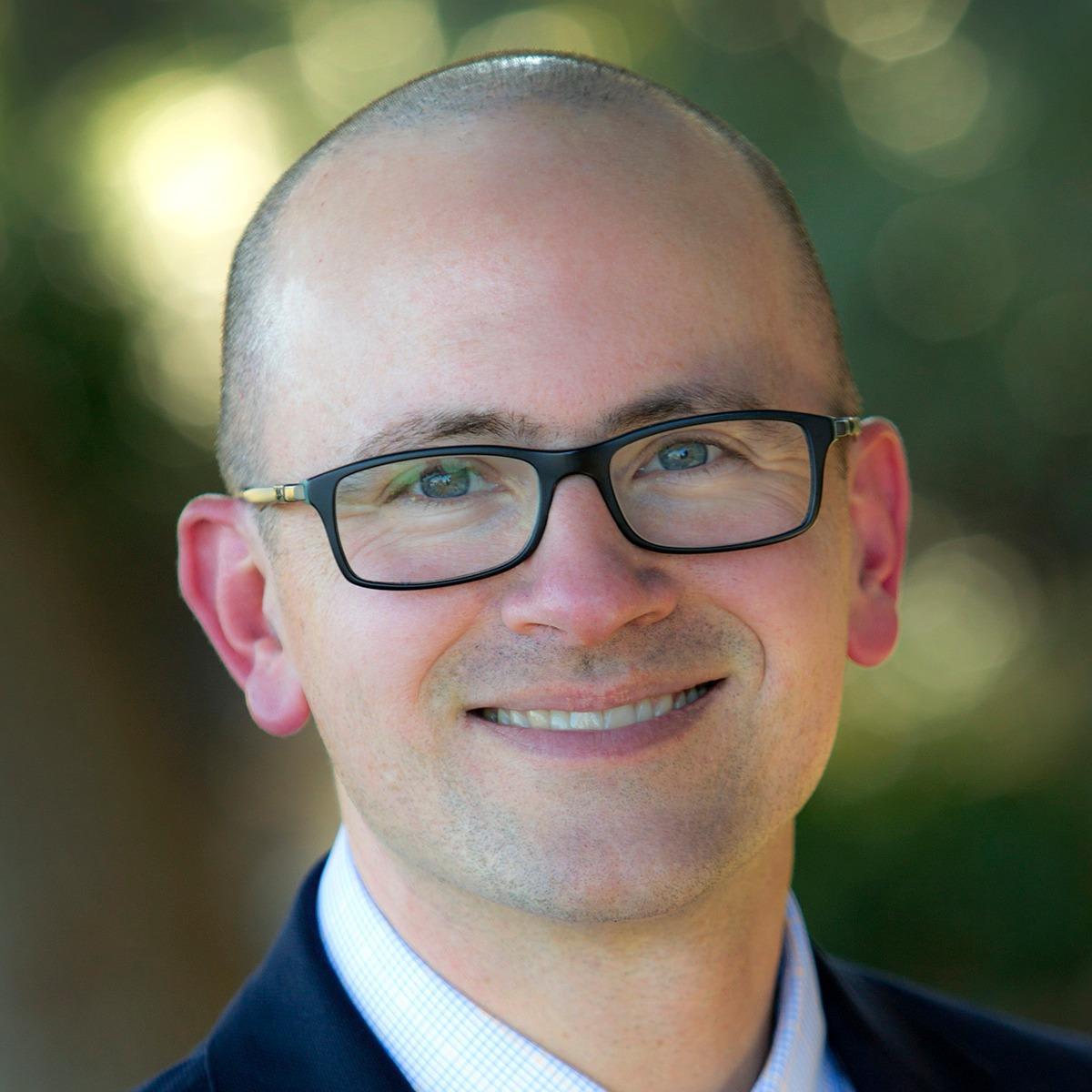 Dr. Michael Piesman MD