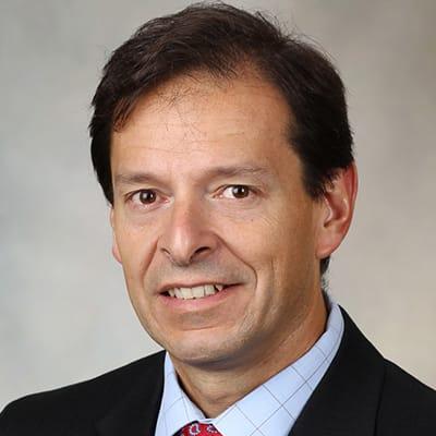 Luis R Scott